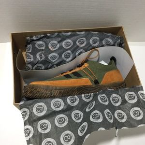 HybridGreenLabel The Artful Sneaker Sz 10 OliveMul Boutique